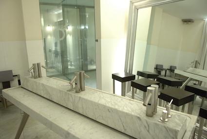 Toilettes Couverture